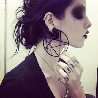 jewels earrings pentagram black goth