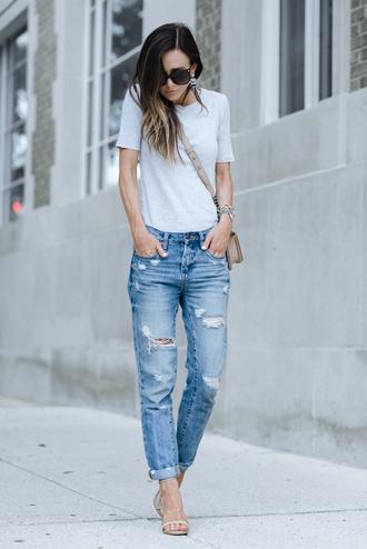 t-shirt ripp tumblr grey t-shirt denim jeans blue jeans sandals sandal heels high heel sandals sunglasses shoes