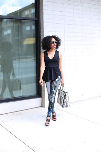 mattieologie blogger printed leggings peplum top python bag