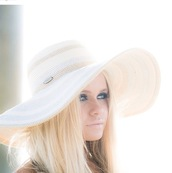 hat,alli simpson,white,pretty,alli,the simpsons