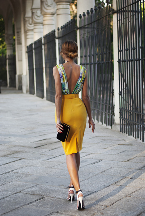 made with fashion dress bag shoes jewels t-shirt skirt mustard pencil skirt multi backless blouse blouse clothes fashion sophisticated elegant backless top with pencil skirt back slit mustard skirt pencil skirt backless floral green yellow dress backless dress dress yellow open back wedding guest yellow skirt high heel sandals top floral top clutch black clutch sexy skirt