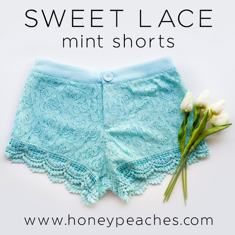 Sweet lace mint shorts