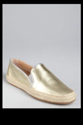 shoes,flats,loafers,metallic,sparkle,gold,closed in shoes,espadrilles