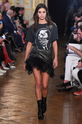 skirt redemption top sara sampaio fashion week 2017 paris fashion week 2017 runway t-shirt