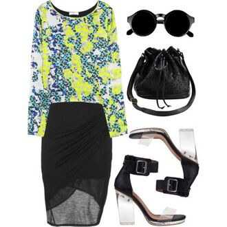 black skirt yellow shirt sandals sum sunglasses totes