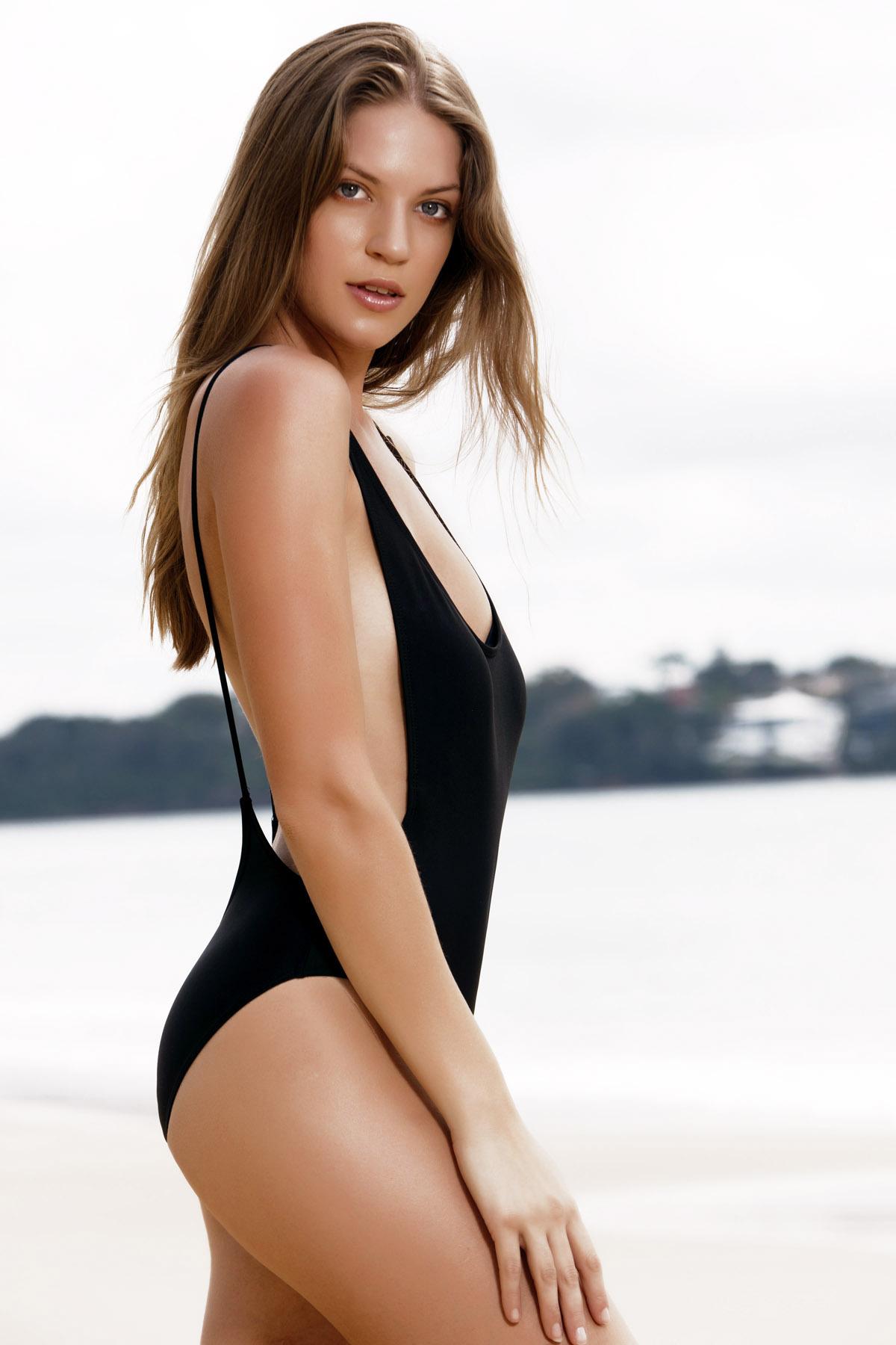 41127ba9181 Monokini High Cut Backless One-Piece Swimwear