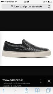 shoes,python,black,snake,print,white,slip on shoes,sneakers,python print,snake print