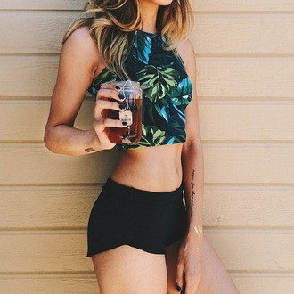top outfit summer outfits summer top crop tops bustier crop top t-shirt green leaves pattern palm tree print