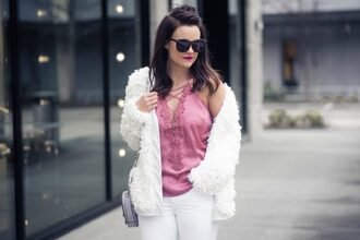 thestyledfox blogger tank top cardigan shoes bag jewels sunglasses faux fur jacket pink top shoulder bag