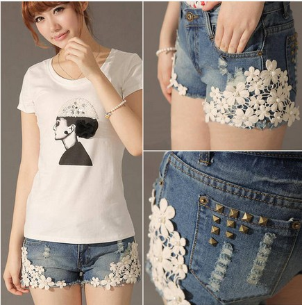 Girls Lace Flower Pants Flange Hole Wash Jeans Denim Shorts Pant W3336-in Shorts from Apparel & Accessories on Aliexpress.com