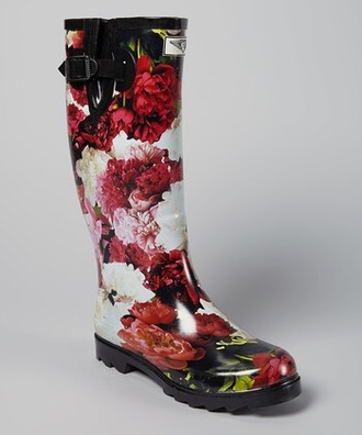 shoes rainboot boots flower boots floral roses red red roses girly new york city vintage boots vintage
