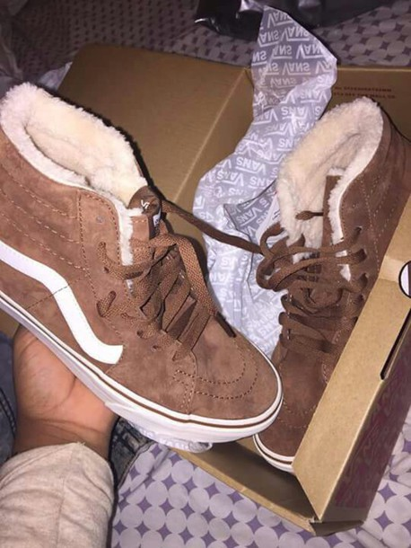 shoes vans socks high top vans dope sneakers high top sneakers skater shoes trill brown sneakers brown shoes suede cute tennis shoes fur wool vans brown wool high top beige cute warm fur inside vans of the wall