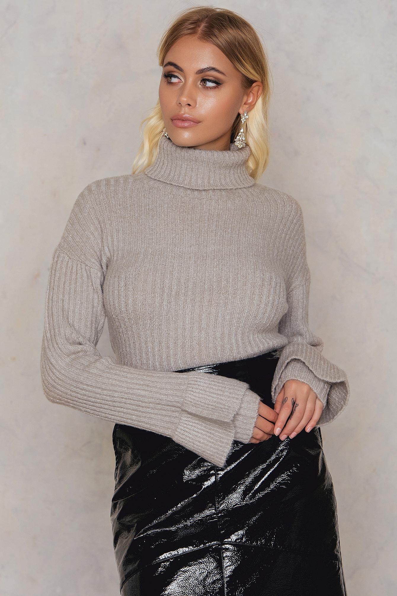 Short High Neck Sweater