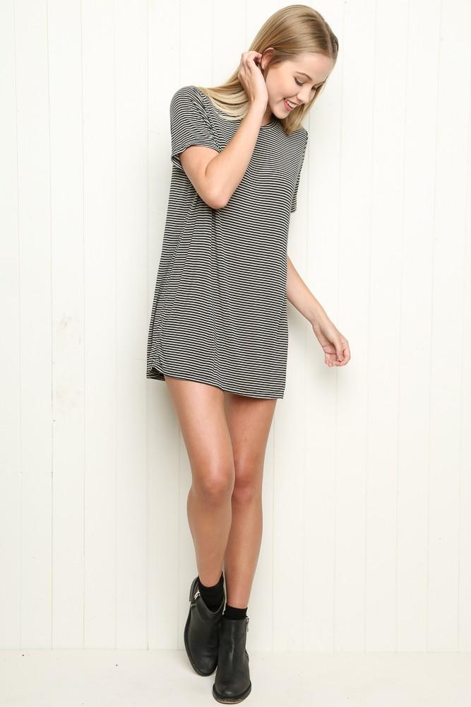 Brandy Melville Luana Top Tees Tops Clothing