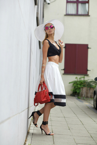 from brussels with love blogger hat shoes dress bag sunglasses