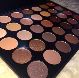 make-up large eyeshadow palette warm tones mattes sparkle browns reds