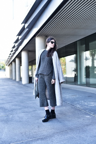 views by laura blogger grey two-piece cropped pants long coat