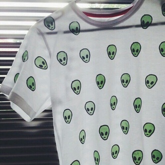 t-shirt green hipster tumblr alien ufo teens