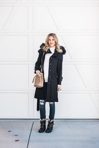 ivory lane blogger coat sweater jeans shoes bag make-up