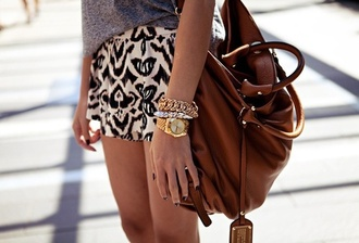shorts print cute brown tan skirt bag black beige marc jacobs marc by marc jacobs leather bag brown bag brown leather bag brown leather black white skirt bracelets grey grey shirt big brown leather bag bags for back to school