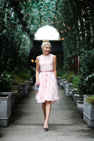 modern ensemble blogger top skirt shoes bag
