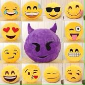 home accessory,emoji pillow