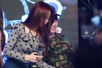 top kpop korean fashion kpop idol kyungri gyeongree park kyungri black grey nine muses polka dots