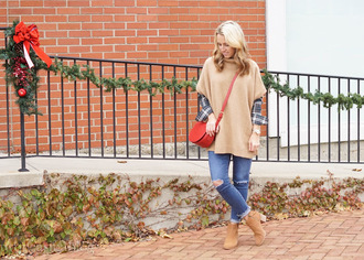 twopeasinablog blogger sweater shirt jeans jewels bag shoes red bag fall outfits crossbody bag ankle boots