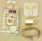 phone cover,cute,earphones,gold,technology