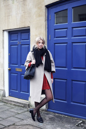 into the fold,dress,shoes,tights,coat,bag,scarf