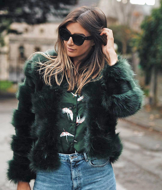 jacket tumblr army green jacket fur jacket faux fur jacket shirt sunglasses black sunglasses