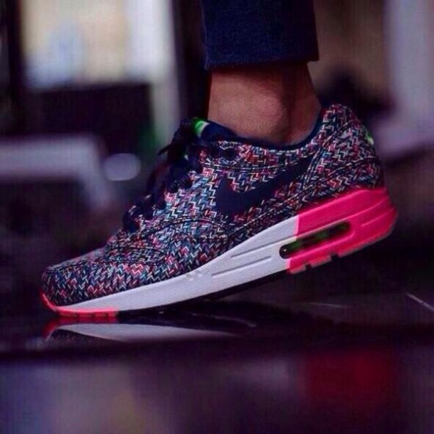 shoes nike pink black air max