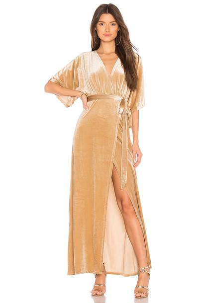 WYLDR dress maxi dress maxi velvet beige