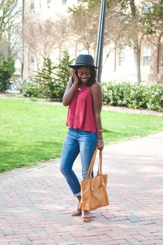 alicia tenise blogger top jeans shoes bag hat jewels