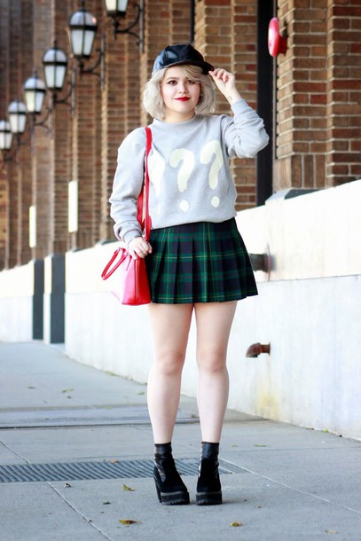 broke hell blogger grey sweater mini skirt plaid skirt chunky boots