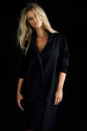 jacket,blonde hair,black jacket,celebrity,model,hot topic,victoria's secret,black,leather jacket,blouse