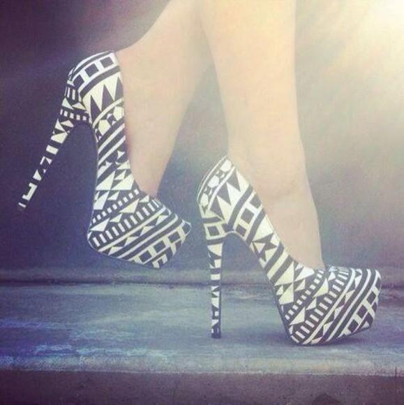 shoes white black aztec aztec shoes print black white print zebra print zigzag heels high heels