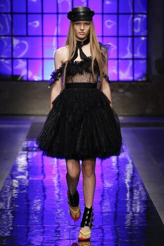 dress black dress dsquared runway milan fashion week 2017 fashion week 2017 tulle dress