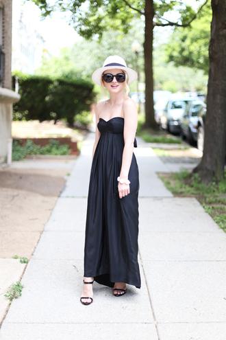 poor little it girl blogger dress shoes jewels hat