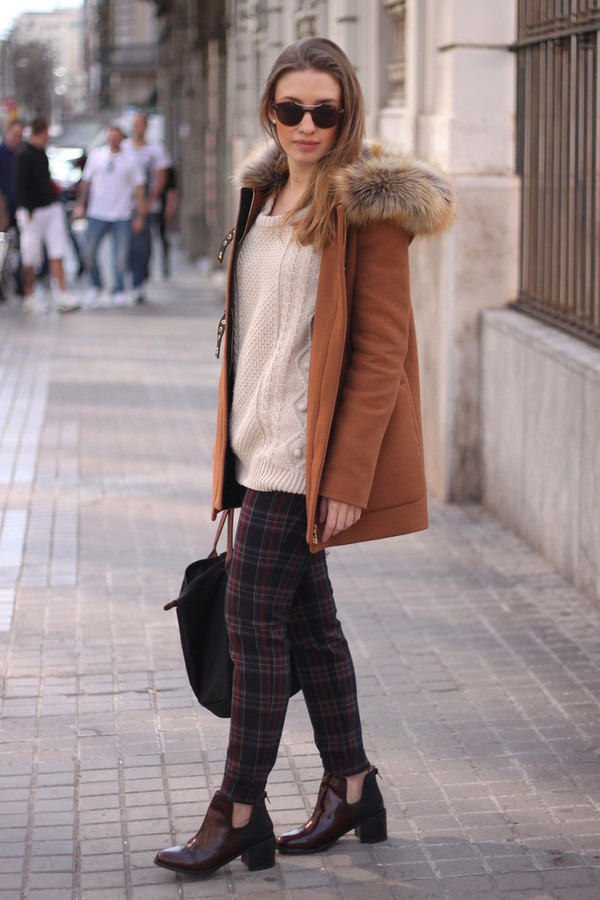 say queen coat sweater sunglasses pants shoes bag