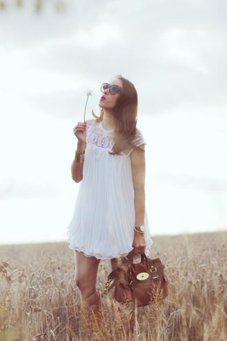 preppy fashionist blogger satchel bag brown leather bag white dress romantic dress mulberry