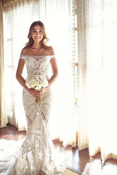 dress wedding dress lace dress this exact dress white lace dress lace off the shoulder ivory dresss