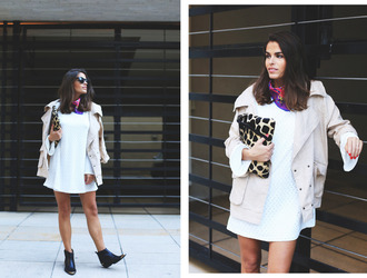 seams for a desire blogger jacket white dress oversized printed scarf giraffe pouch