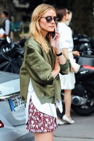 blogger sunglasses jacket shirt asymmetric shirt olivia palermo dior sunglasses satin bomber bomber jacket green bomber jacket skirt mini skirt floral skirt rayban aviator sunglasses mirrored sunglasses glasses sunnies accessories accessory style trendy asymmetrical top
