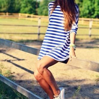 stripes short