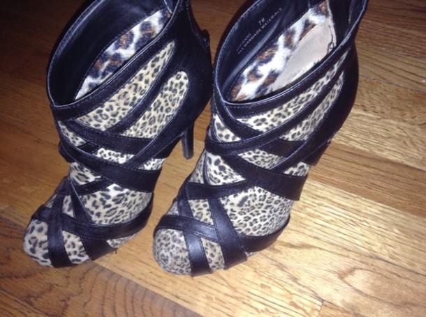 shoes heels leopard print
