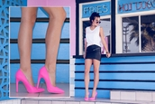 shoes,hot pink heels,pink pumps,pumps,pointed toe pumps,trendy,girly,lookbook,style,fashion,shoe game,chic,classic,qupid