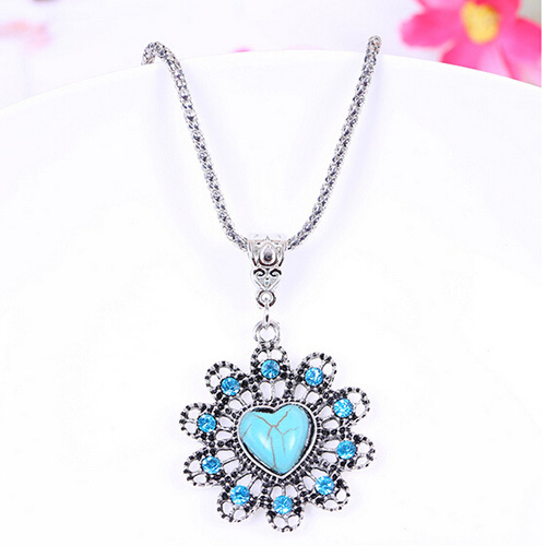 [grxjy5100307]Fashion Hollow Out Petal Turquoise Pendant Necklace