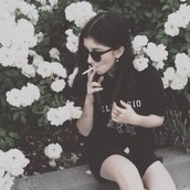 shirt,tumblr,black shirt,white words,grunge,sunglasses