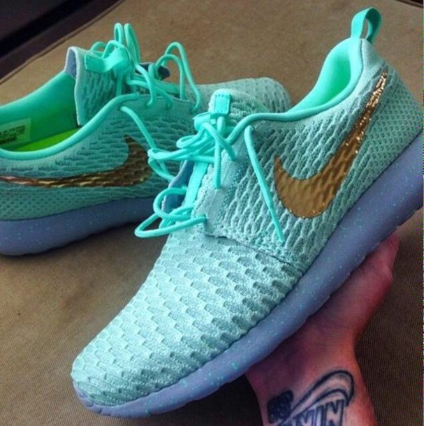 womens nike roshe run high gold green